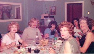 Notice the woman at the right of the 1st picture. Former MHVTA member (deceased) Felicity in the black dress, the same dress which Eileen (her good friend) wore to the performance.