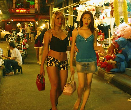 Singapore transvestite bars